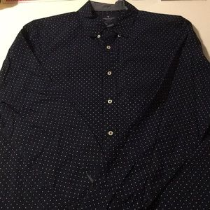 AE Classic Fit Navy White Dot Button-Up Shirt XL
